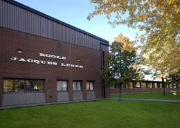 L'école Jacques-Leber à Saint-Constant aura son nouveau terrain de football/soccer synthétique éclairé - 2016-09-26