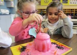 Les enfants du groupe Passe-Partout de l'école primaire Saint-Jean à Sainte-Catherine.