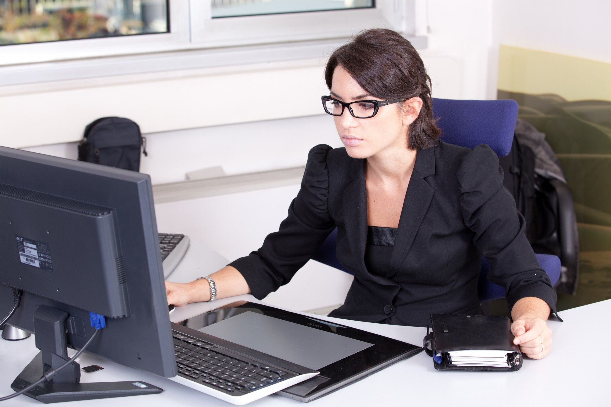 Vous voulez améliorer les compétences de vos employés ou vous cherchez une formation à suivre sur une base personnelle? Le Service aux entreprises (SAE) de la CSDGS est en mesure de vous aider à développer vos connaissances, vos habiletés techniques ou celles de vos employés!