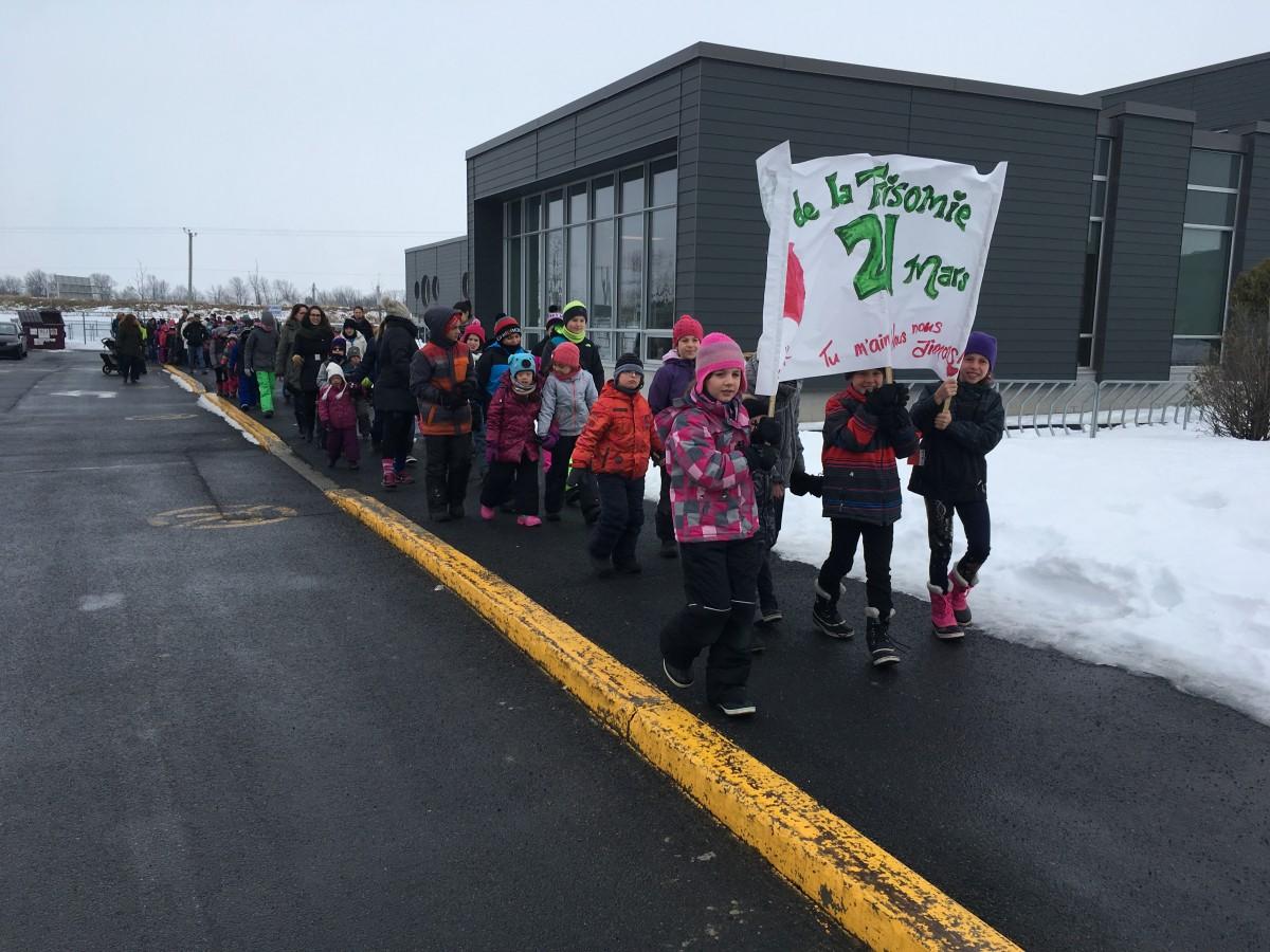 L'école primaire Plein-Soleil à Candiac souligne la Journée mondiale de la trisomie 21.