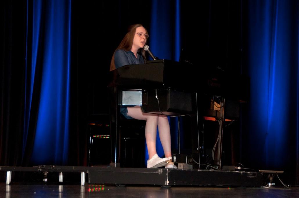 Photo Bourses aux élèves 17-18_Rosalie Lavallée prestation piano 00-b