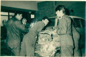 De la Mag_007_1968_Photo_eleves_mecanique2